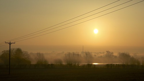sun dawn canal flood buckinghamshire buckingham bucks