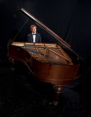 Piano 9