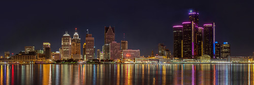 city panorama ontario reflection skyline architecture night canon dark outdoor michigan pano detroit wide large windsor rencen tallbuildings 2013 5dmk2