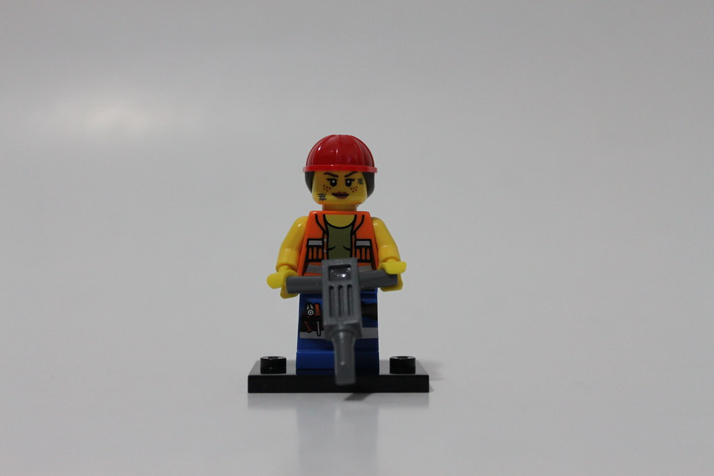 New Lego Movie Minifigures 71004 Gail the Construction Worker