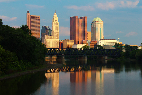 columbus sunset ohio water skyline river downtown sciotoriver franklincounty pwpartlycloudy