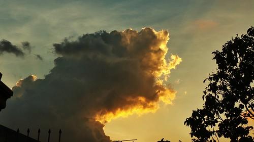 sunset sky orange day cloudy samsung rizal antipolo fiery gc100 flickrandroidapp:filter=none samsunggalaxycamera loresexecutive