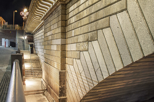 arizona detail texture lines night stairs canon londonbridge perspective az hdr lakehavasu 50d qtpfsgui luminancehdr