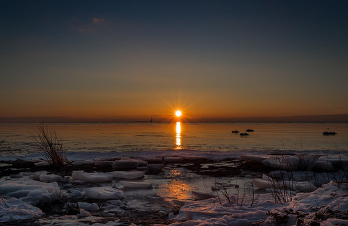 ice lakeerie rockpointprovincialpark sunrise img1280e canon6d sun