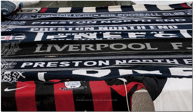 #RIPSirTom Finney Replica Shirt #Preston scarves and Liverpool scarf Saturday Deepdale #NorthEnd #PNE #PNEFC