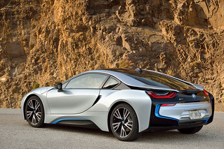 BMW-2014-i8-on-the-road-31