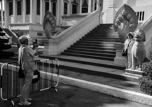 Image of people at Royal Palace, Phnom Penh, Cambodia (6) | by Sreejith Vijayakumar