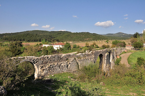 türkiye aqueduct turquie türkei tr izmir turchia kınık egebölgesi asartepe karaosmanoğlusukemeri bağalanköyü