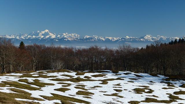 AIN - Vue du Plateau du Retord - Massif du Mont Blanc, La Tournette...