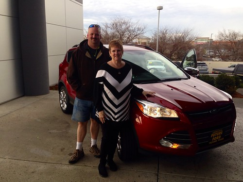 Congrats to Susan Galloway of Sacramento, CA on your new 2014 Ford Escape from AJ Vidlund! We appreciate it! Photo