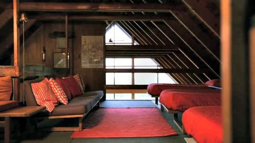 rhode-island-prefab-home-bedroom2