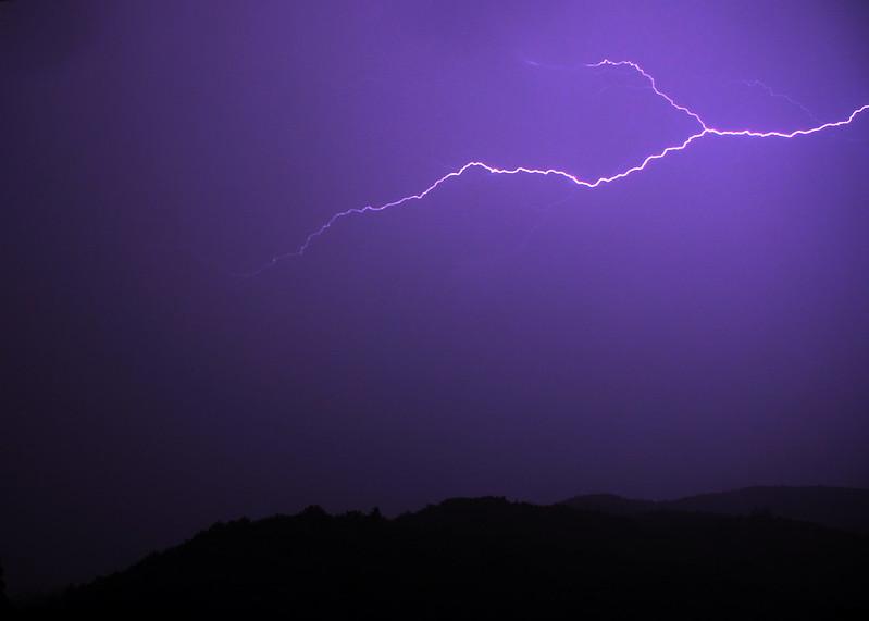 Thuet Lightning 07