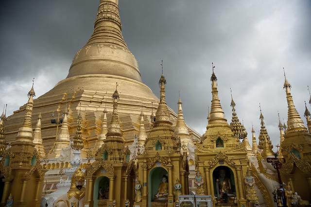 MM066 Shwedagon Paya - Yangon