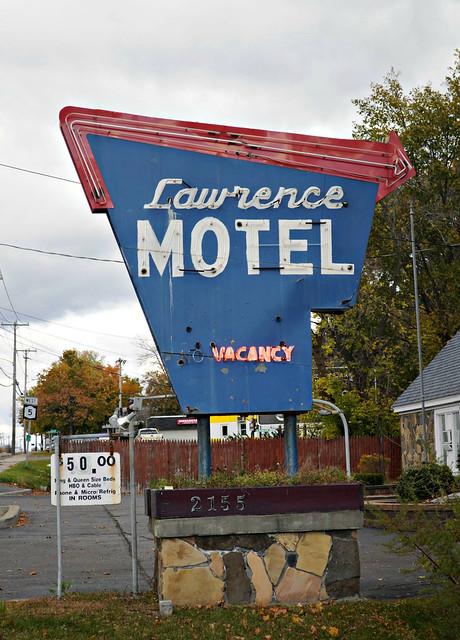 Lawrence Motel