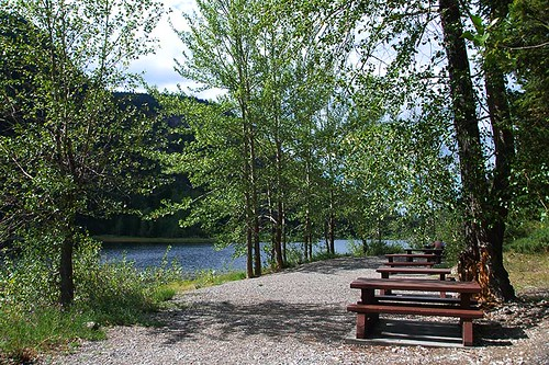 Picnic site at Marble Canyon Provincial Park, Pavilion Mountain, Cariboo, British Columbia, Canada