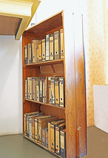 Netherlands-4474 - 1942 Moveable Bookcase