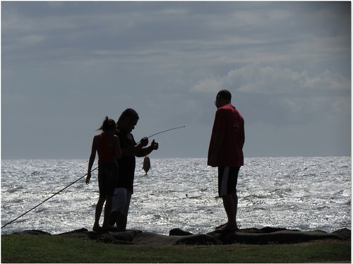 Family Fishing in Kihei, Maui Coast, Sue Salisbury Maui Hawaii | by Sue Salisbury Maui Hawaii