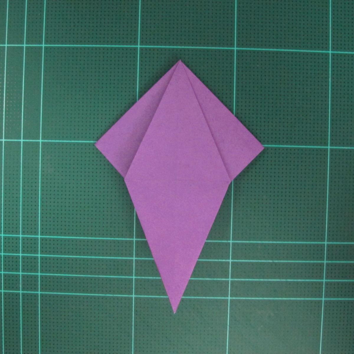 การพับกระดาษเป็นฐานนกอินทรี (Origami Eagle) 022