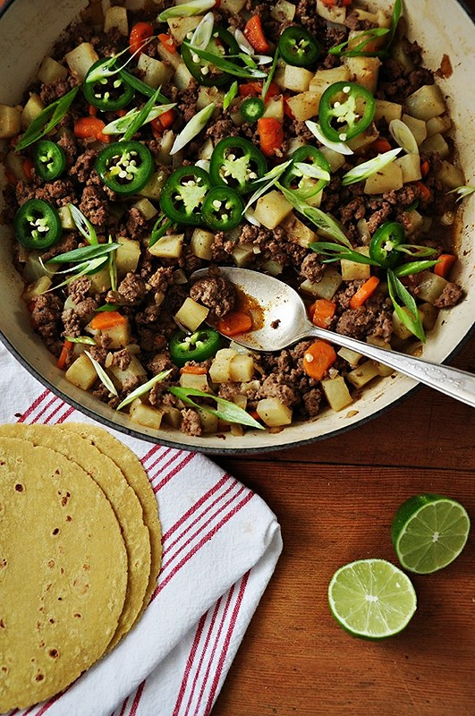 Picadillo {Seasoned Beef with Carrots and Potatoes}
