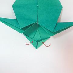 สอนวิธีการพับกระดาษเป็นรูปปลาฉลาม (Origami Shark) 028