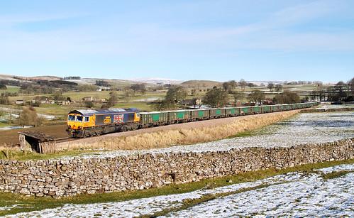 snow train railway bluebird goldenjubilee class66 rylstone stonetrain gbrf 66705 platelayershut rylstonebranch 6m19