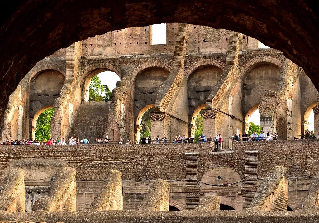 Uno sguardo dal Colosseo