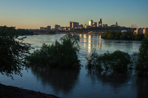 tree skyline river point downtown flood ks mo kansascity willow missouri kansas fairfax kaw