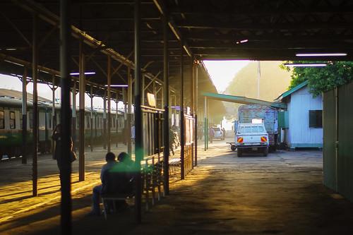 sunset pentax kenya nairobi platform railwaystation smcpm50mmf17