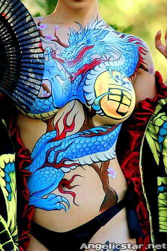 Yaya Han Yakuza Body Paint | Foto Bugil Bokep 2017