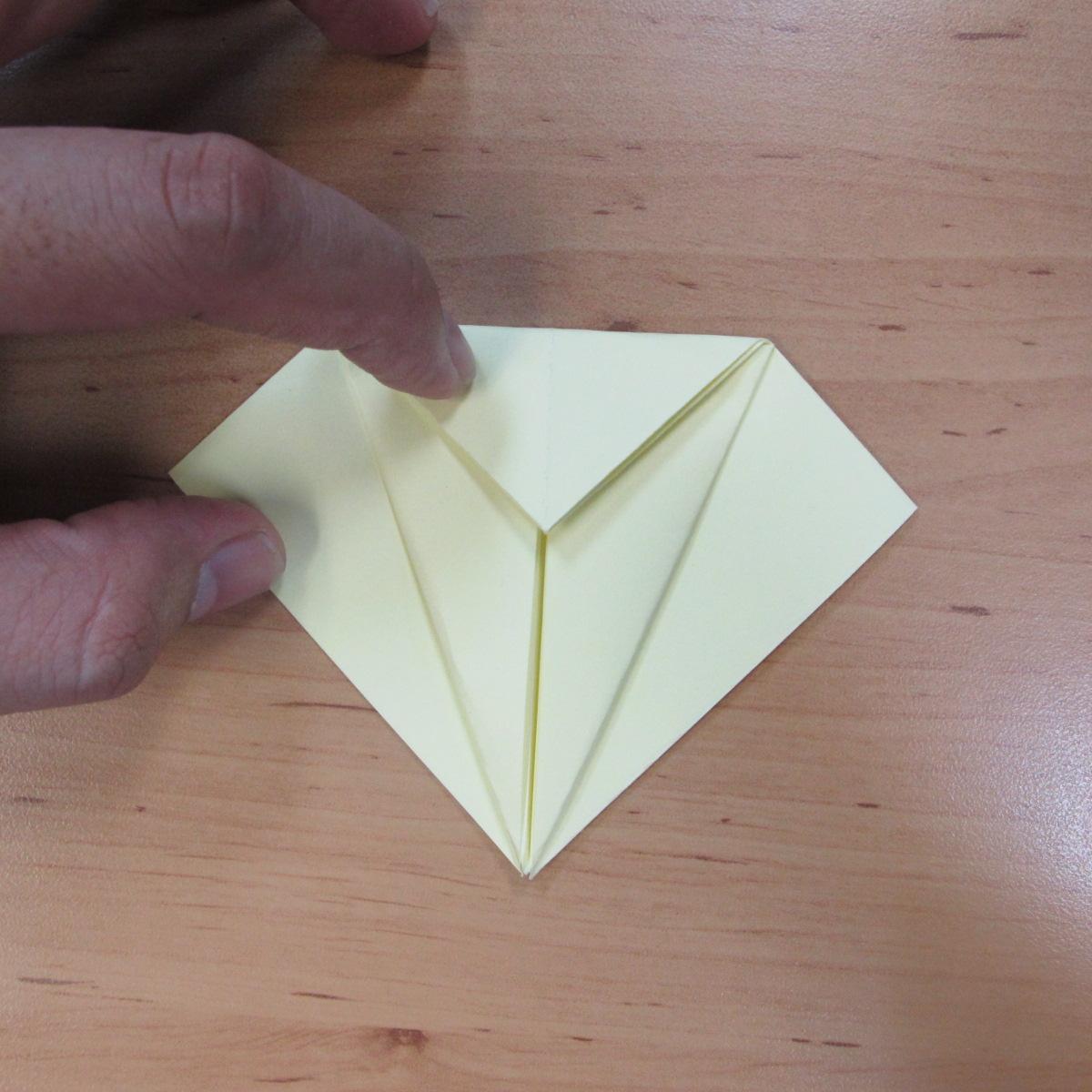 วิธีพับกระดาษเป็นดอกกุหลายแบบเกลียว 008