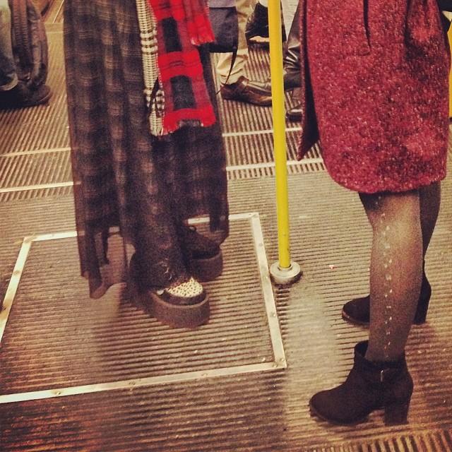 Due giapponesi in metro