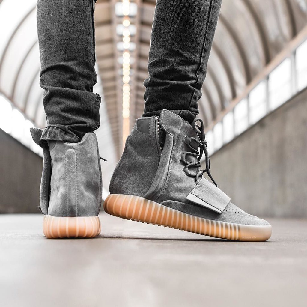 competitive price 99d69 79695 Let The Madness Begin... adidas YEEZY BOOST 750 Grey/Gum ...