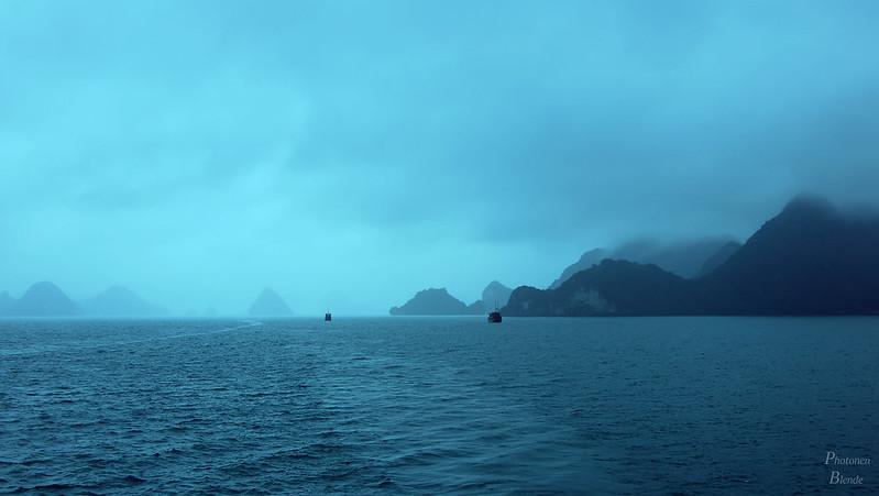 Perfect Fog - Ha Long Bay (Vietnam)