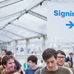Signing sign |