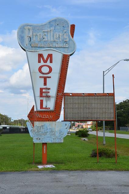 Prestler's Motel (2013)