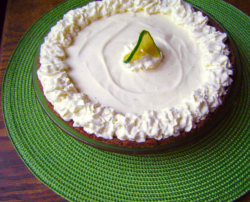 Sugar-Free Key Lime Pie | by HealthyIndulgencesBlog