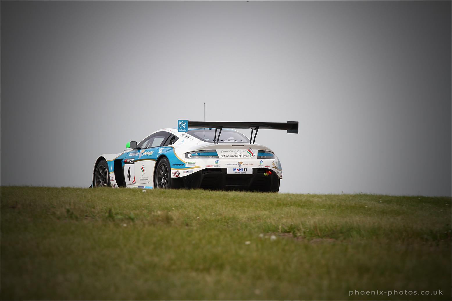 Oman Racing_Motorbase Aston 4_3_r