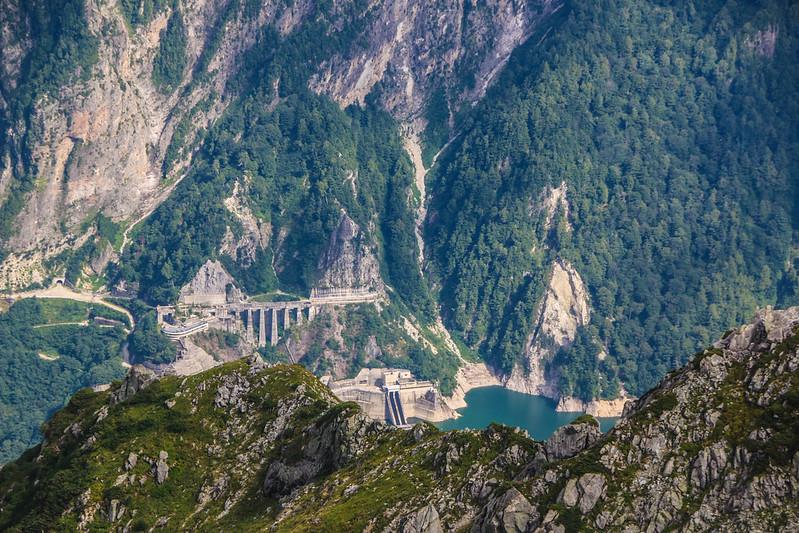 雄山から黒部ダム