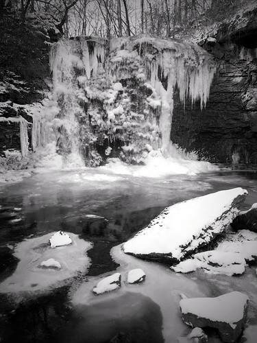 cameraphone winter columbus ohio bw white black cold ice apple nature monochrome mobile river frozen waterfall phone run falls iphoto hayden ios preserve scioto griggs iphone 5s iphone5s uploaded:by=flickrmobile flickriosapp:filter=nofilter