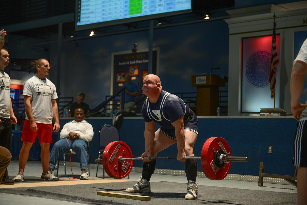 Georgia Guardsman Breaks State Powerlifting Record and Set