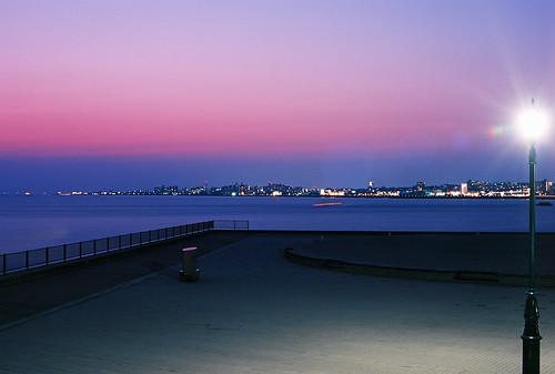 park city sunset sea sky film japan 50mm town twilight kodak dusk sigma 夕暮れ sigmasa9 ektar sigma50mm 黄昏 sa9 舞子公園 kodakektar100 sigma5014 sigma50mmf14 ektar100 maikopark