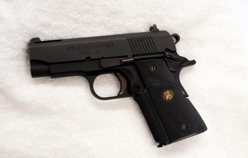 Springfield 1911 45 ACP V-10 Ultra compact 3 5