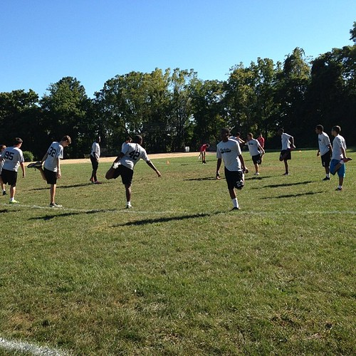 Stretch circle. First game of the season. #slaultimate | by christopherl