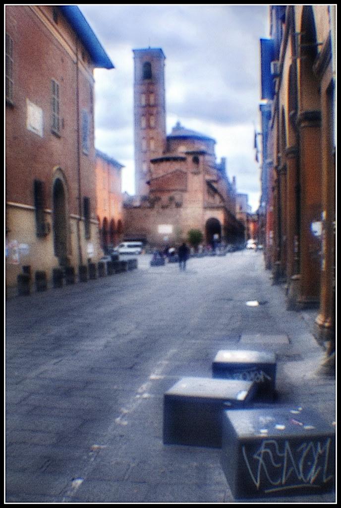 Bologna in agosto: via Zamboni | via Zamboni Bologna Italy ...