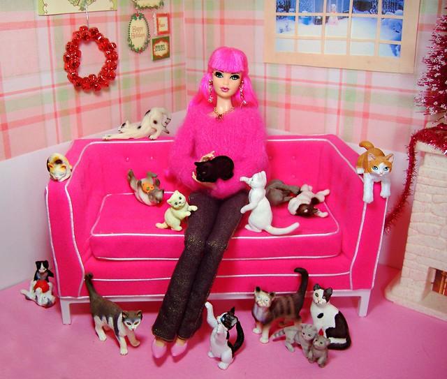 Crazy Cat Lady Rosalie Tag Game! Dolls & Pets