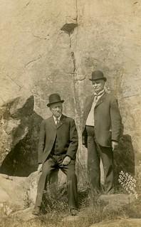 Men at Devi's Den, Gettysburg, Pa., Sept. 19, 1909