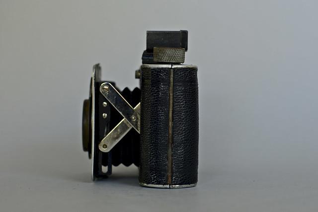 Derby (type 3B) C-F-Foth & Co (Berlin) 1935 lens 77315 (Foth 24) 9