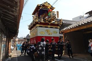 Float parade   by Teruhide Tomori