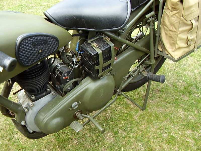 Norton (WD)16H Motorcycle (8)