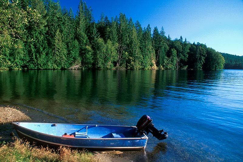 Sakinaw Lake, Irvines Landing, Sechelt Peninsula, Sunshine Coast, British Columbia, Canada
